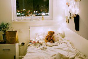 女子っぽい部屋はこう作る!一人暮らしにおすすめのインテリア術7選