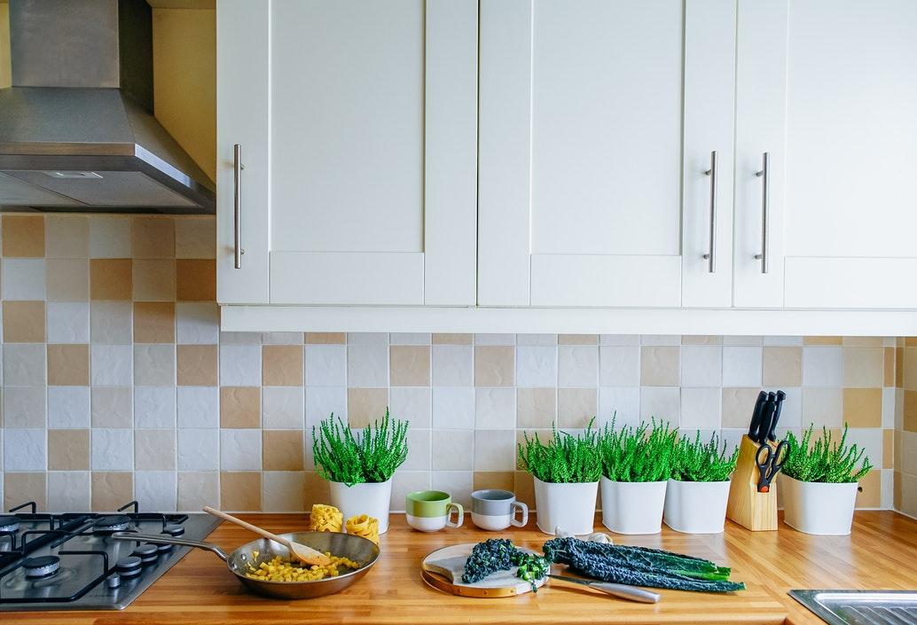4.キッチンには各方角に合わせた色の小物を置く