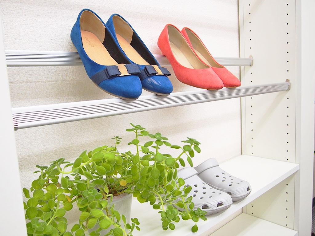 【履物系】スニーカーや革靴を見せる収納!シューズラック収納